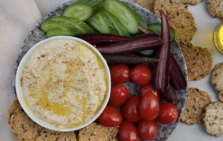 hummus-and-vegetables-on-plate